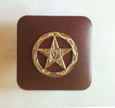 Square with Engraved star pull knob